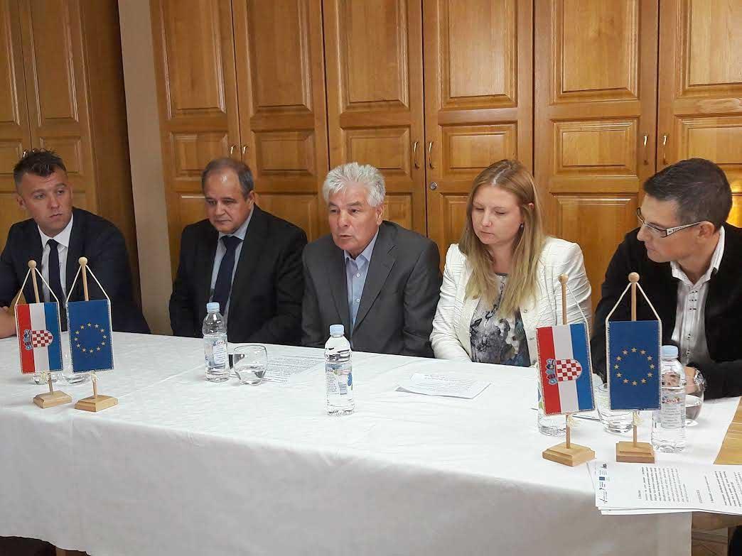 """Održana uvodna konferencija projekta """"Proširenjem i diversifikacijom proizvodnih kapaciteta do konkurentnijeg poslovanja poduzeća Kircek d.o.o."""""""